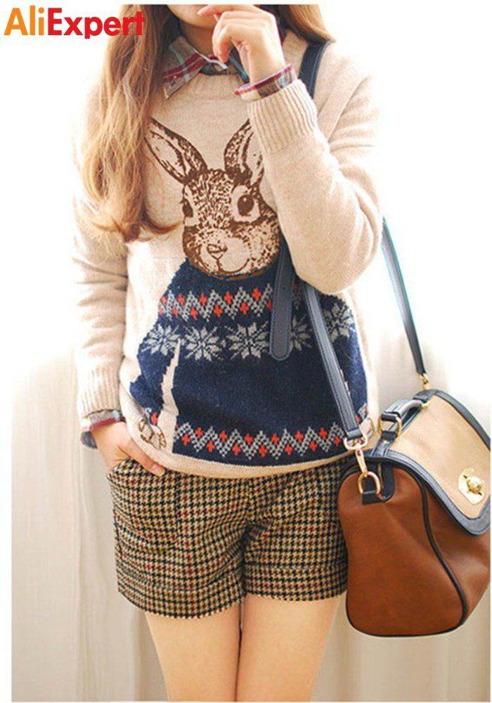 Теплый женский свитер с кроликом
