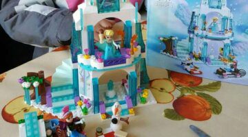 316pcs-dream-princess-elsa-s-ice-castle-princess-anna-olaf-set-model-building-blocks-gifts-toys