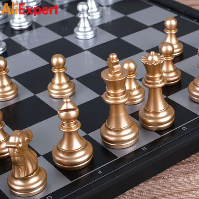 8-inch-classic-checkers-chess-set-plastic-mini-board-game-foldable-silver-gold-chess-piece-party