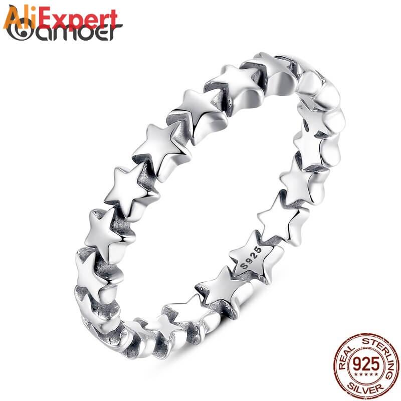 Нежное серебрянные кольцо